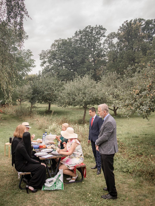 Bröllop i Bjärka-Säby av Studio Engström - bröllopsfotograf i Linköping, Norrköping, Östergötland
